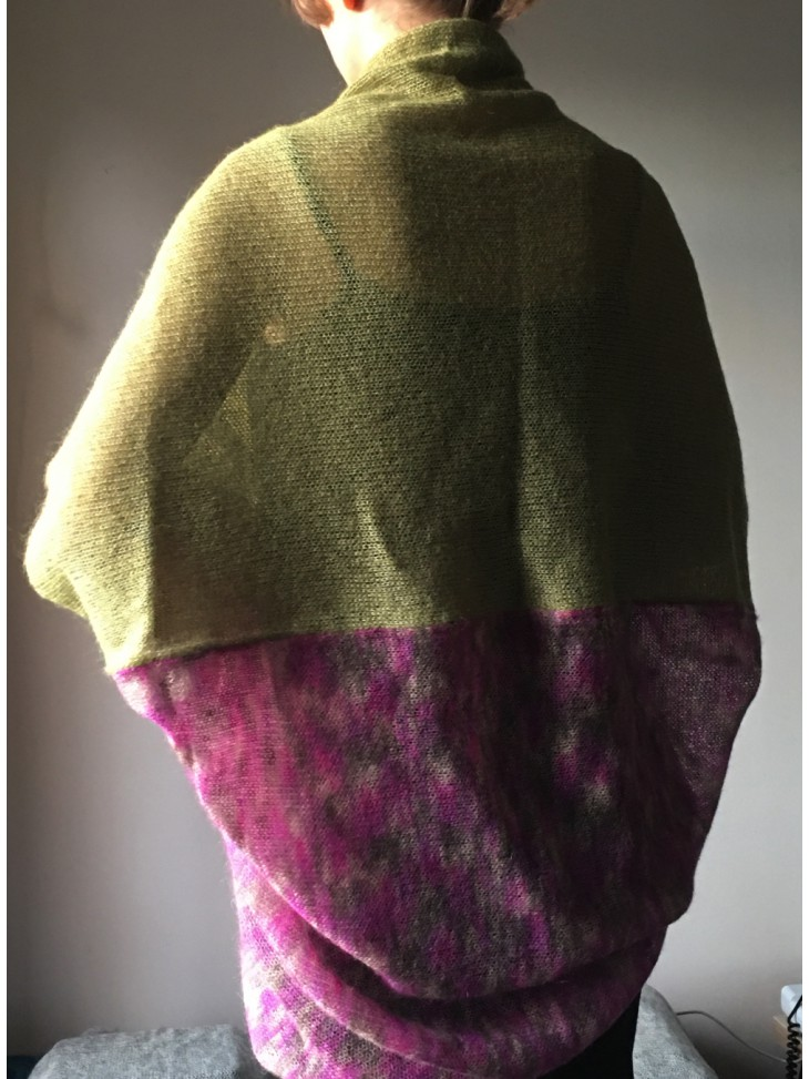 Melsvai žalias džersio tipo trikotažas