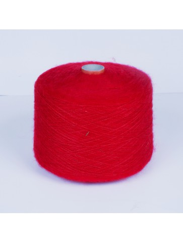 Raudona mohera su šilku