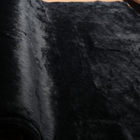 Rankomis dažyta mereškuota medvilnė